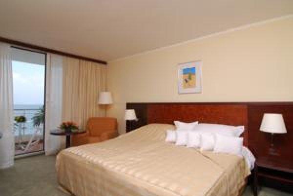 Princess Hotel , 바르