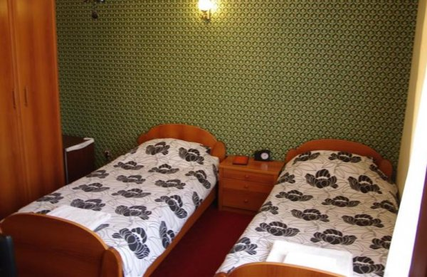 Adria Hotel, Pristina