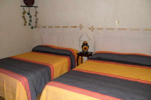 Hostal Casa Castillo, Morelia