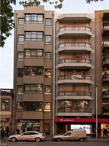 Low Cost Tourist Apartment - Casa da Música, पोर्टो