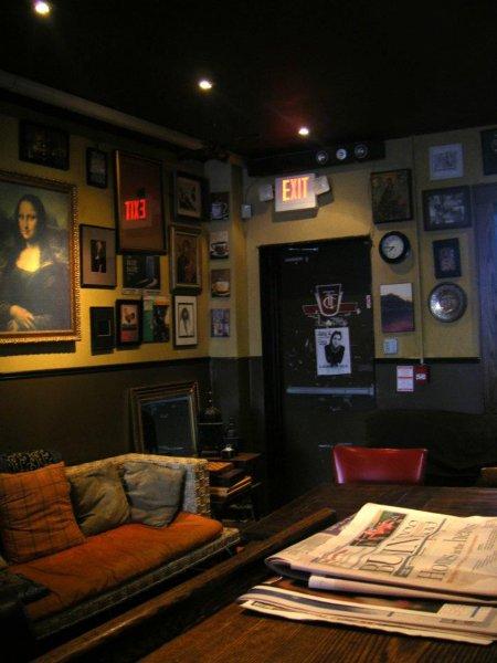 The Only Backpacker's Inn, Τορόντο