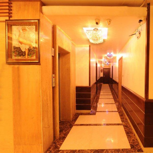 Hotel Pearl Inn and Suites, 阿姆利則