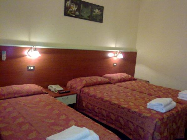 Hotel Dateo, Milão