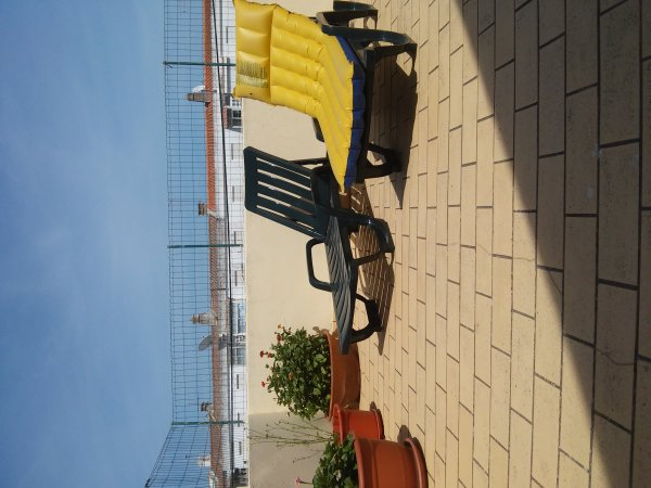 White Sun Hostel, Лагуш