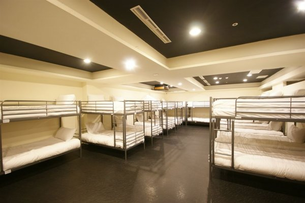 Single Inn, Καοσιούνγκ