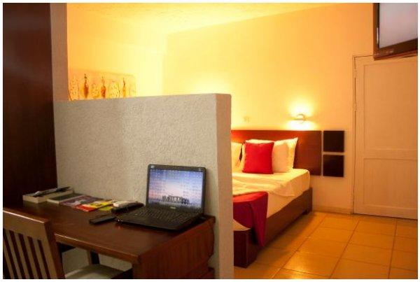 Paloma Hotel North Industrial Area, Accra