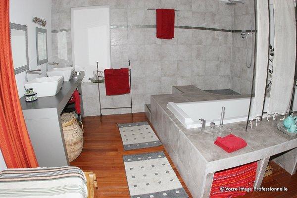 Habitation Bougainville, Μασσαλία