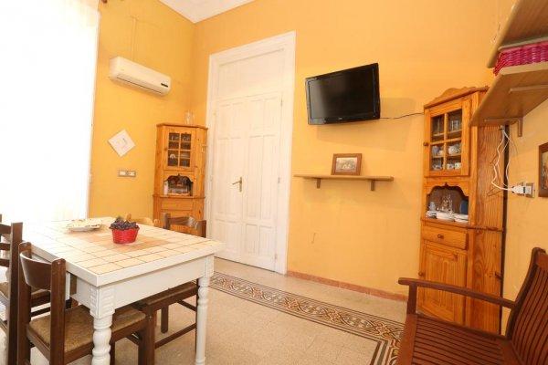 Casa Luigi, Palermo
