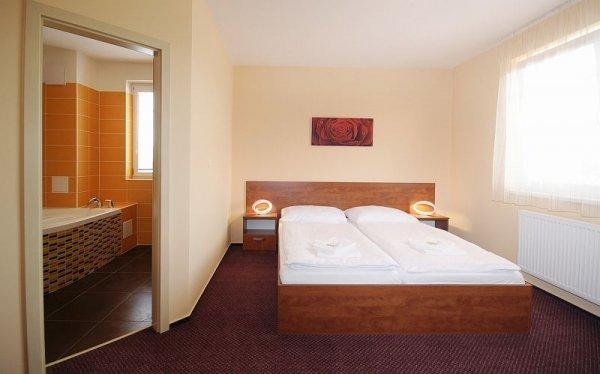 Hotel Olympionik, Mělník