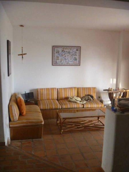 Mundaka Punta Hermosa Hostel, Лима