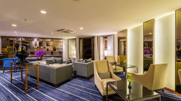 Chatrium Hotel Royal Lake Yangon, Yangon
