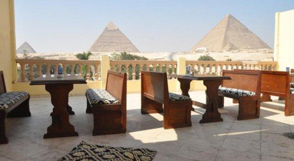 Great Pyramid Inn, Giza