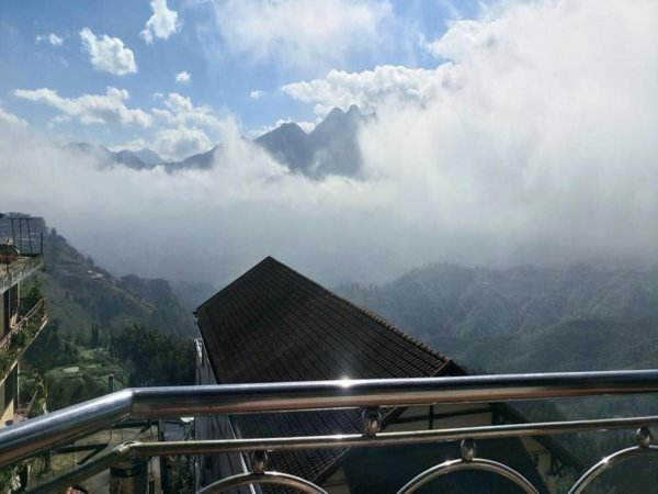 Mountain Clouds Sapa Hostel, サパ