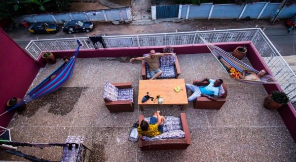 The Sleepy Hippo, Accra