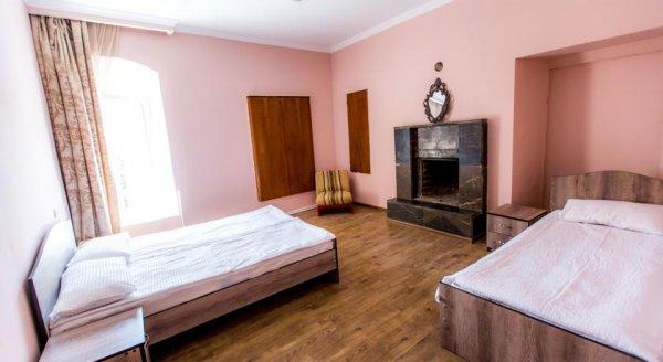 Sanapiro Guest House, テラヴィ
