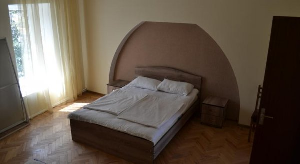 Sanapiro Guest House, Телави