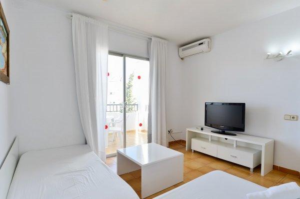 Apartamentos San Antonio Beach, Ibiza