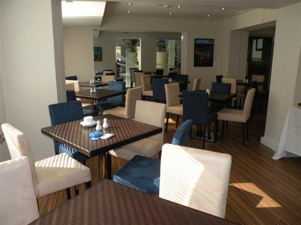 Livadhiotis City Hotel, Larnaca
