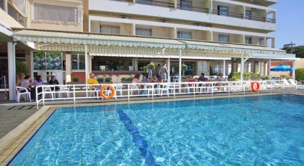 Pefkos Hotel, Limassol