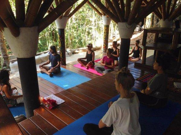 Universo Pol Bamboo Hostel, Morro de São Paulo