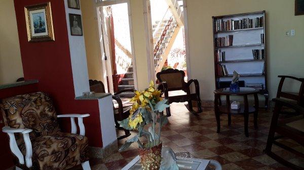 La Casa de Pino, Santa Clara