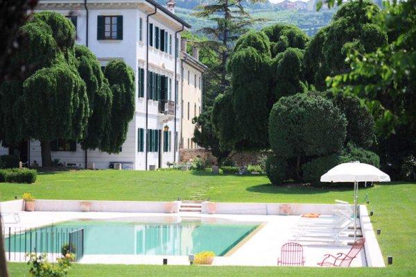 Villa Nichesola, Verona