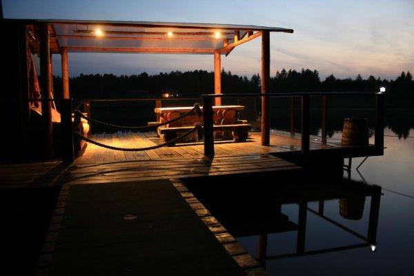 Hirvemäe Holiday Park, Värska