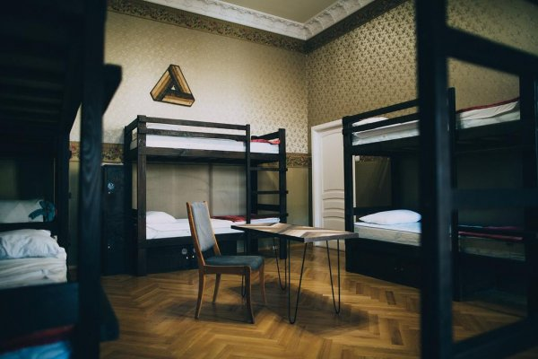 Kosher Hostel, Οδησσός