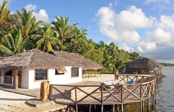 HOTEL MORA MORA, Île Sainte-Marie