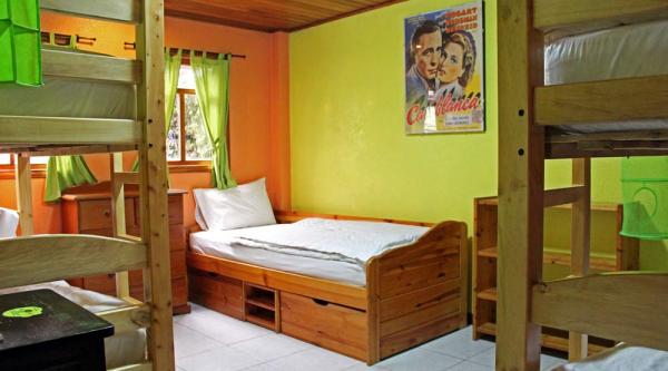 Hostal La Casa del Molino Blanco Backpackers, Baños