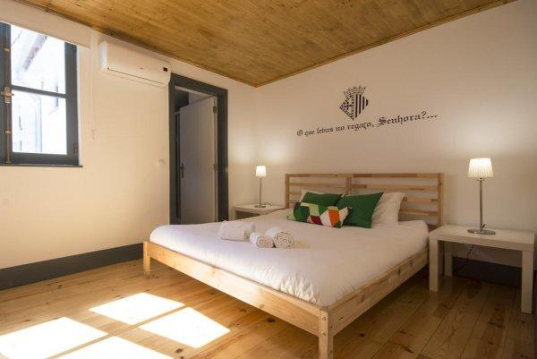 Sé Velha Hostel, Coimbra