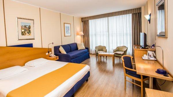 Hotel Express Aosta, Aosta