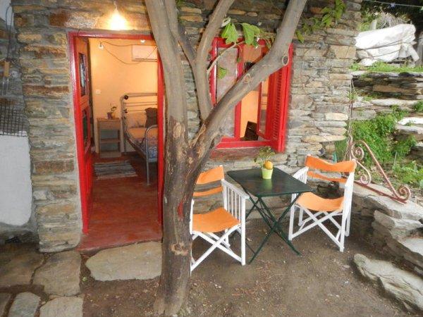 Lemon Tree House, Andros