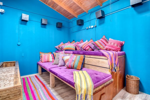 Selina Huaraz, 후아라즈