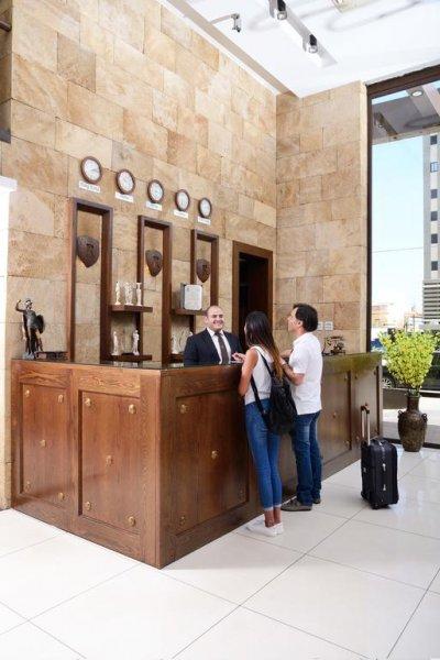Reston Hotel, Jounieh