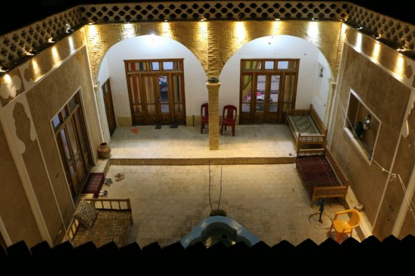 Chapaker traditional guest house, Varzaneh