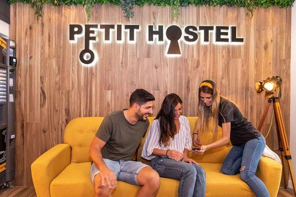 Petit Hostel Madrid, Madrid