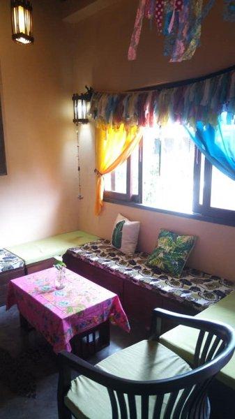 Indy Hostel Maenam, Koh Samui Island