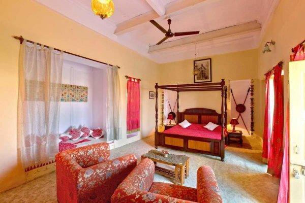 Fort Dhariyawad Heritage Hotel, Rajasthan