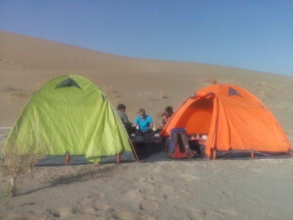 Azar tours campsite, Varzaneh