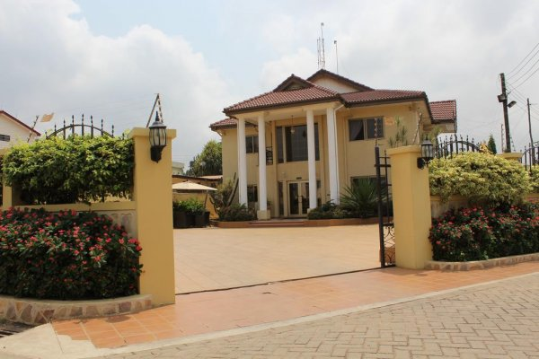 Oak Plaza Hotel East Legon, Accra