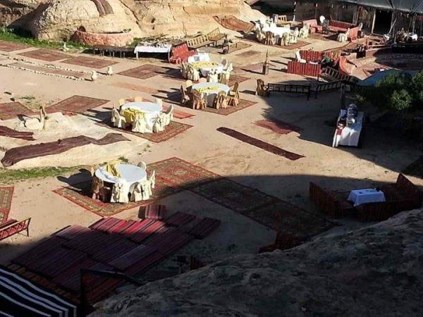 Petra Sand Mars camp , Петра