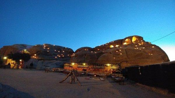 Petra Sand Mars camp , Petra