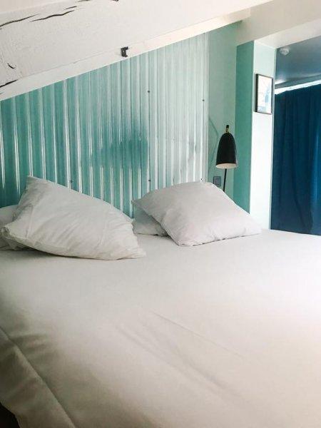 Hotel OZZ, Nice