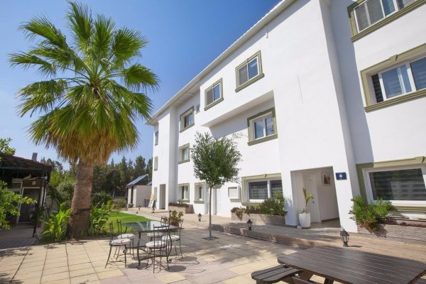 Sun Rays Hotel, Kyrenia