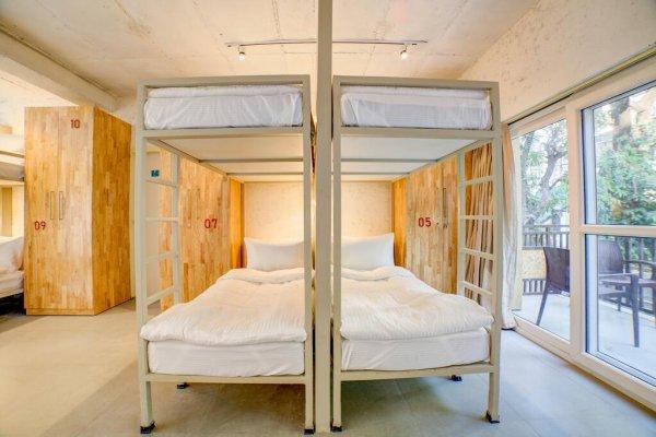 The Hideaway Bedzzz, Rishikesh, Rishikesh