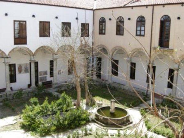 Student's Hostel San Saverio, Palermo