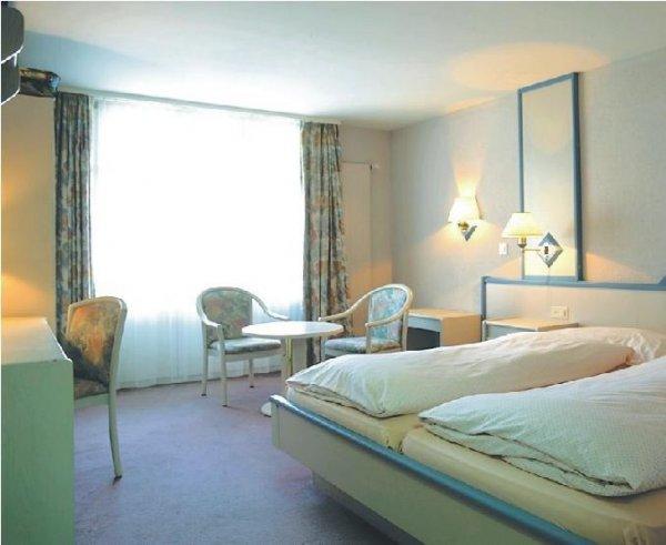 Hotel Strandhotel, Iseltwald