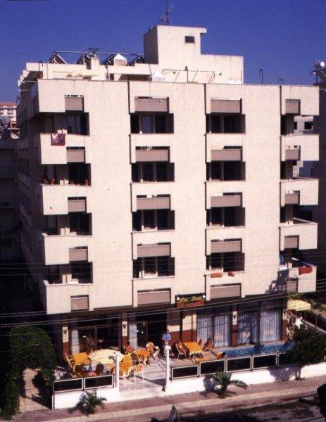 Hotel Dias, Кусадаси