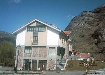 Castillo Del Alba, Pola de Somiedo